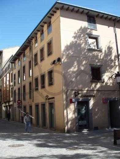 PLAZA MARQUES CADENA 1. Jaca, 22700, Huesca
